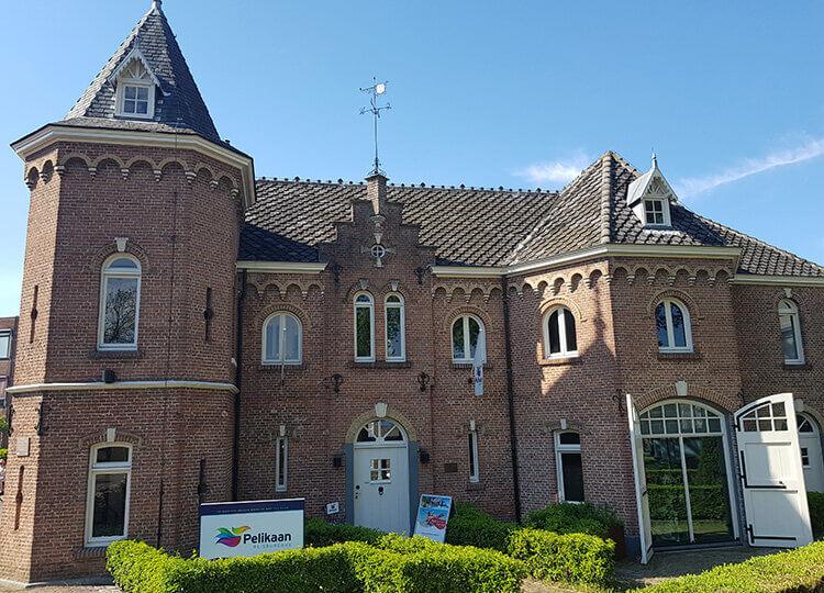 Pelikaan Reisbureau Zevenbergen - Kasteeltje